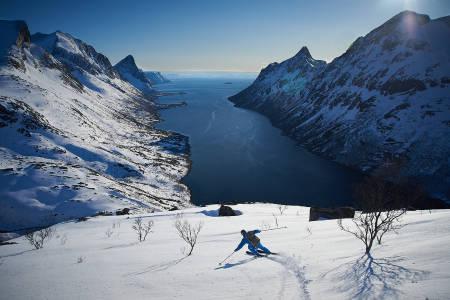 topptur på senja blåfjellet indre selfjord skikjøring