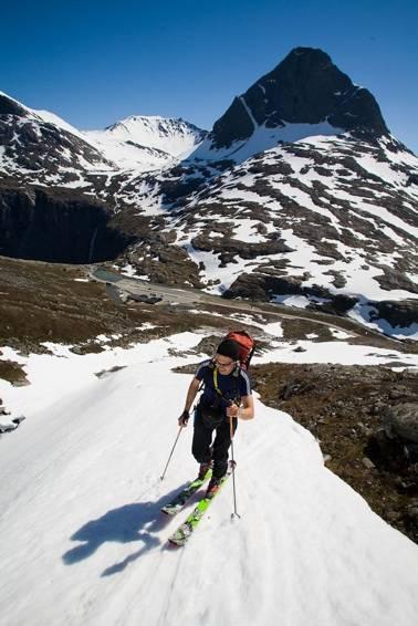 På vei opp mot Finnan. Foto: Einar Engdal