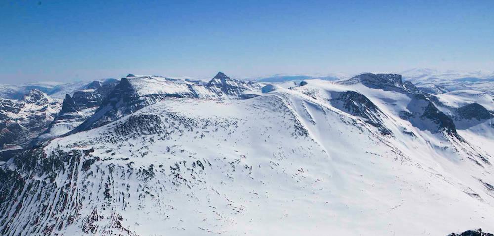 Dronningkrona fotografert fra nordvest. Foto: Espen Schive/Toppturer i Norge