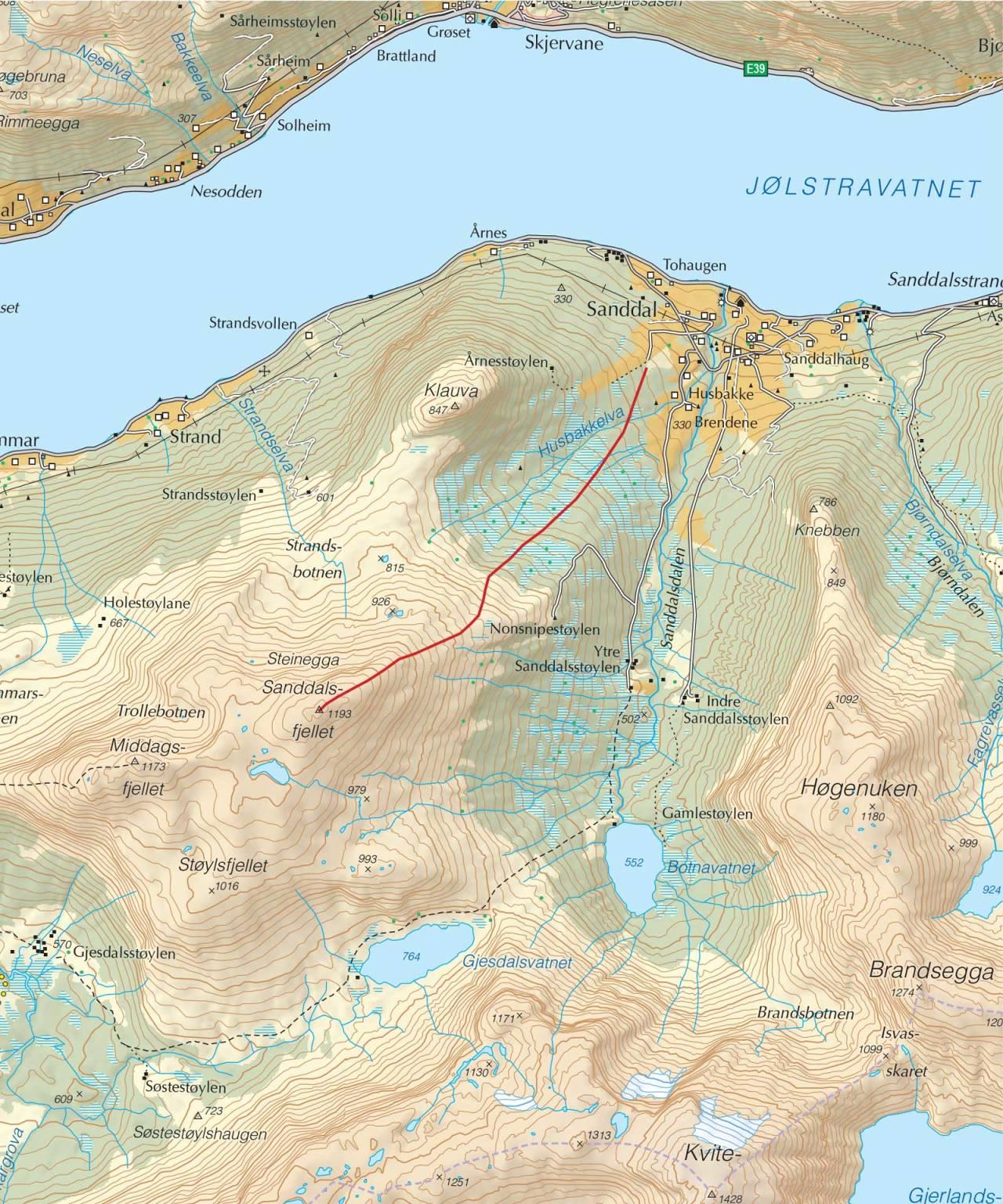 Kart over Sanddalsfjellet med inntegnet rute. Fra Trygge toppturer.