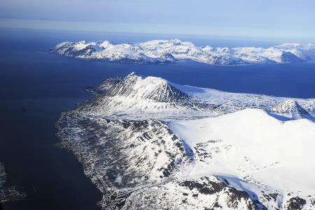 Russelvfjellet ligger i et av de mest opplevelsesrike områdene i Lyngsalpene, i Storgalten – og Stortindenområdet. Foto: Lorentz Mandal