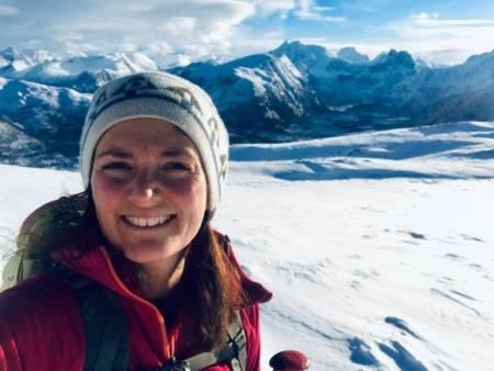 NATURBASERT REISELIV: – Jeg tenker at dette kan være med og få oss til å oppdage vårt eget land i enda større grad, sier Ida Siem, som driver Romsdal Lodge. Foto: Privat