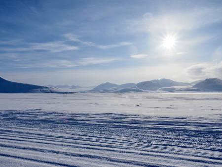 Fantastiske omgivelser på vei hjem til Longyearbyen. Foto: Lisa Kvålshaugen Bjærum