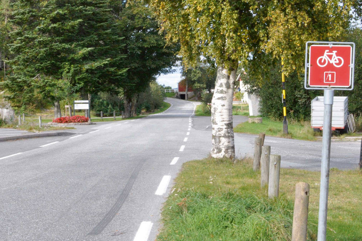 Nasjonal sykkelrute 1 går gjennom kulturlandskapet i Søgne. Foto: Torolf Kroglund