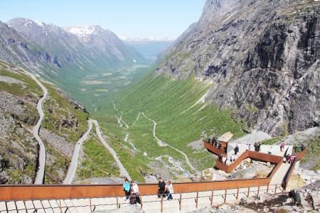 VERDT Å SE: Trollstigen er en av Norges mest populære attraksjoner sommerstid. Foto: Lars Erik Sira