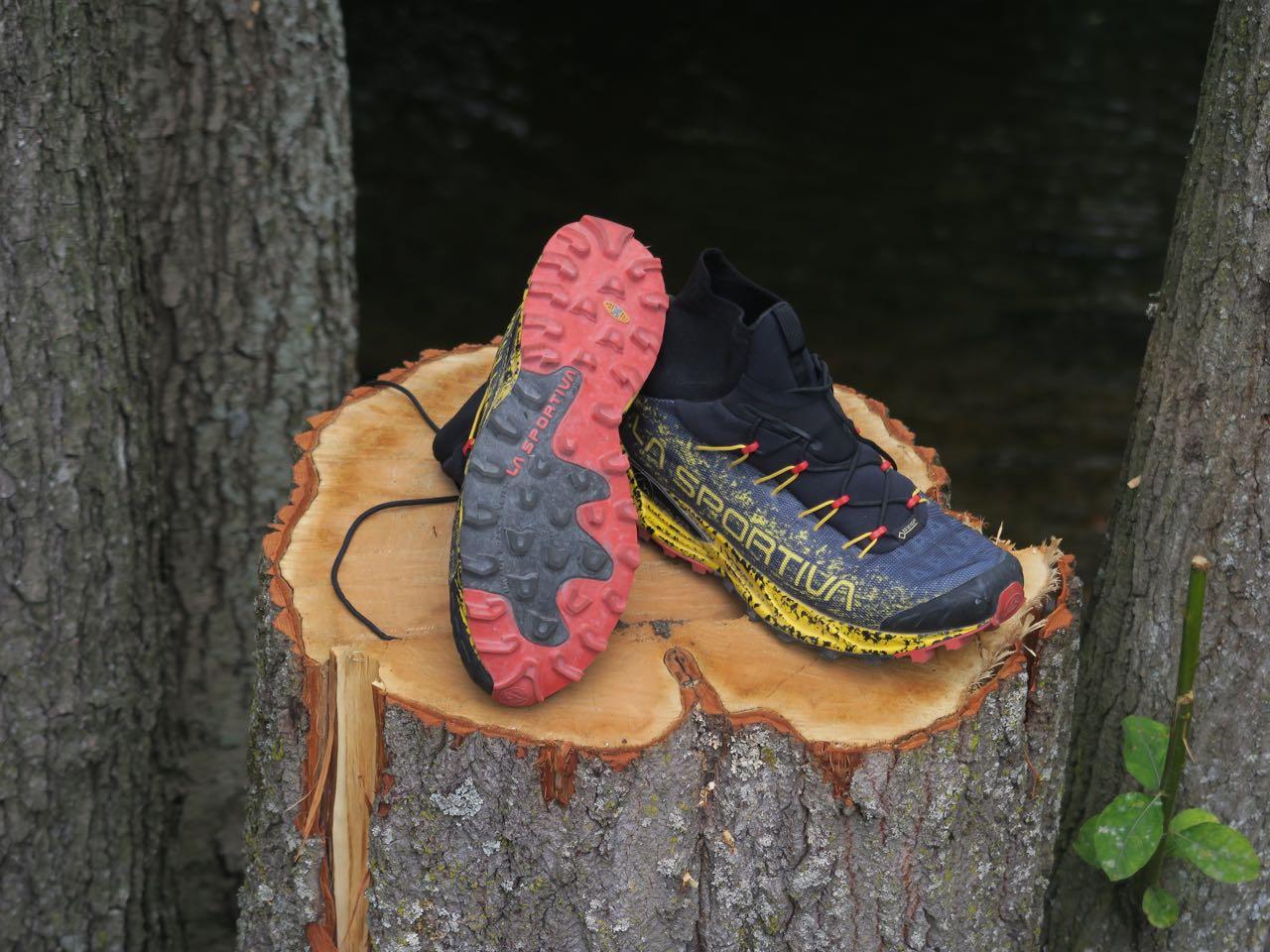 FAVORITT: La Sportiva Uragano GTX var vår favoritt av skoene med høyt skaft. Både mest vanntette og best å løpe med.