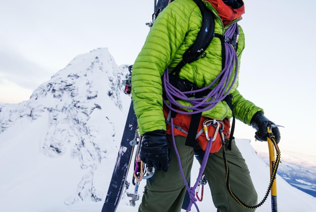 KRIMSKRAMS: Skiturseler bør ha plass til en god del utstyr, og store og stive løkker er tyngre og enklere å bruke med hansker på – da må det inngås kompromisser. Alle foto: Martin Innerdal Dalen