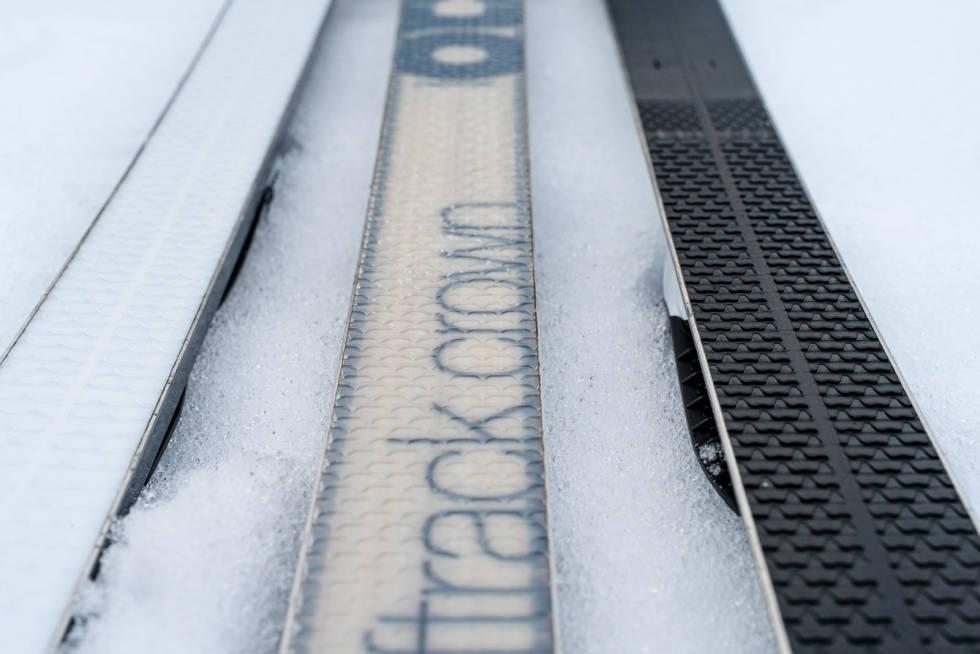 TEST AV SMØREFRIE SKI:  Sammenlignet med de smørefrie fjellskiene vi kjenner fra før, er disse skiene mer egnet utenfor spor.