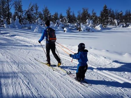 Når slutten av skituren blir trå, kan litt drahjelp være gull verdt.