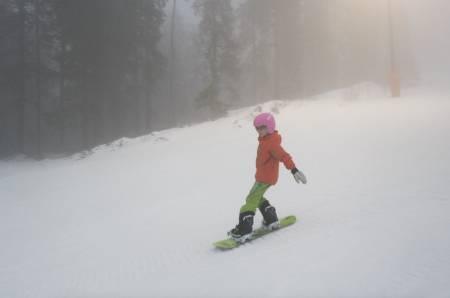 snowboard med barna