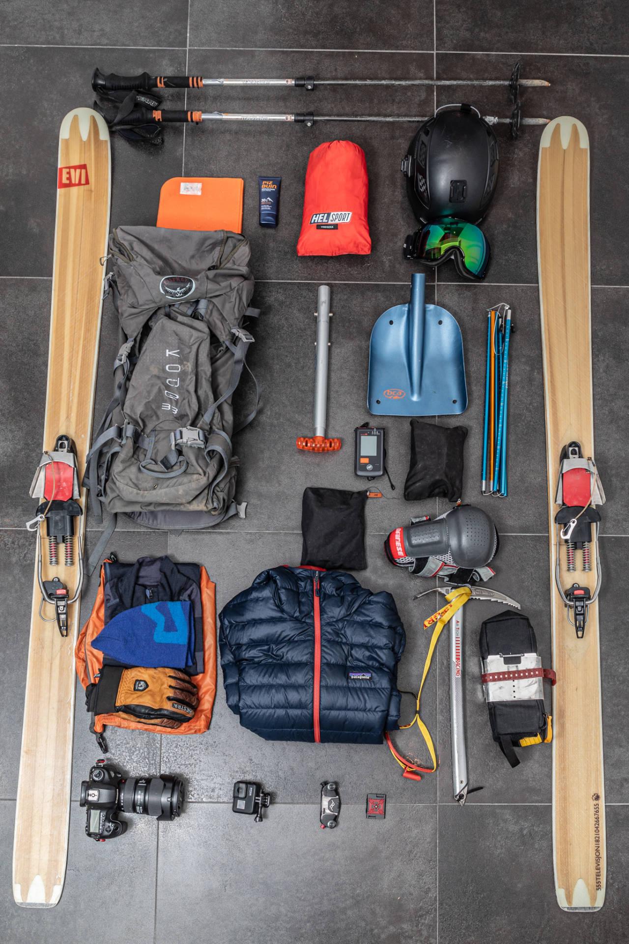 DAGSTURSEKK: Når du er på skiferie, men likevel skal sove inne, trenger ikke pakkingen være særlig komplisert. Foto: Torbjørn Melby