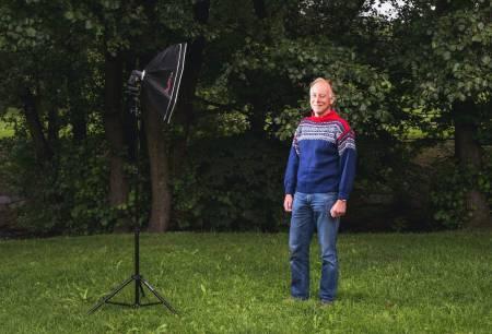 NOE Å EIE: Bjørn Riis-Johannessen kommer fra en familie der Marius-genseren nærmest har vært påbudt i generasjoner. Forholdet til genseren har forbedret seg med årene. Foto: Line Hårklau