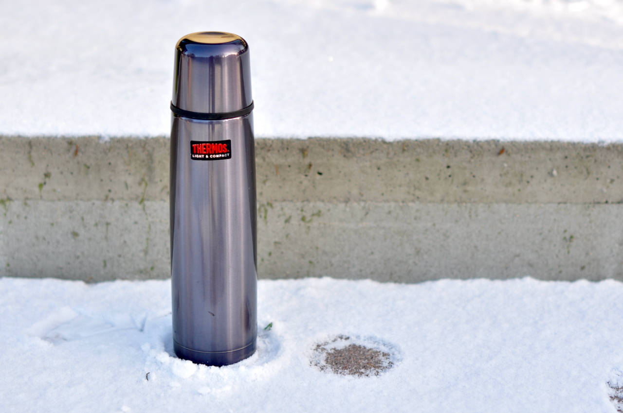Thermos Light and Compact