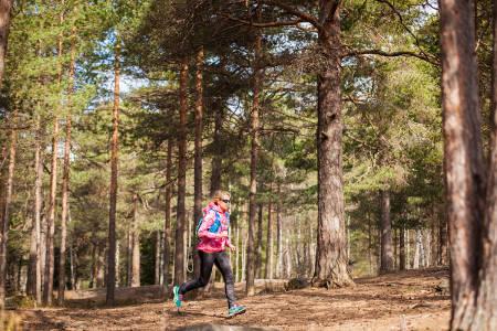 MEDBRAKT: Den perfekte løpesekken – finnes den? Det er i hvert fall store forskjeller på produsentenes løsninger. Foto: Marte Stensland Jørgensen