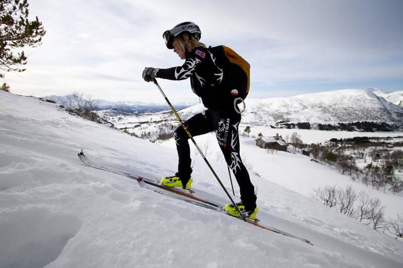 PÅ LAGET: Malene Haukøy fra Høyang IL er med på Norges første skikkelige landslag i randonee. Foto: Daniel Kvalvik