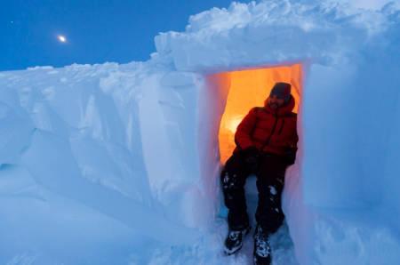snøhule og iglo