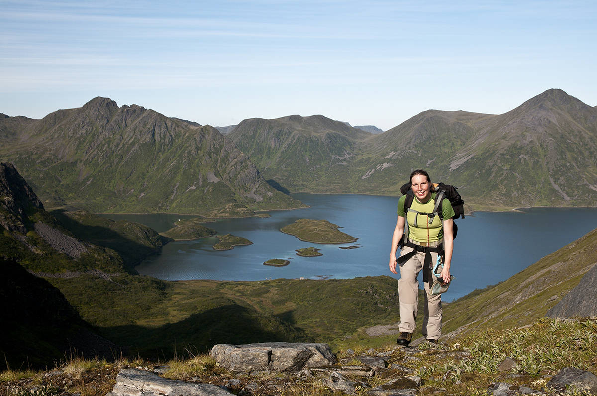 Kvinne på fjelltur