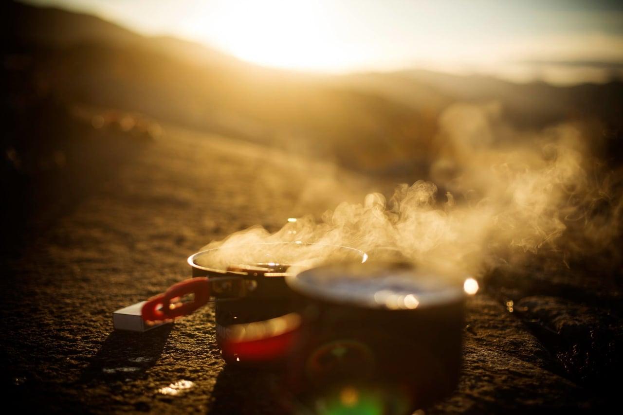 TRIVSELSFAKTOR: Høsten er en fantastisk årstid for ute-kos. Foto: Kristoffer Kippernes